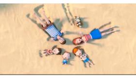 宝宝海滩游玩记